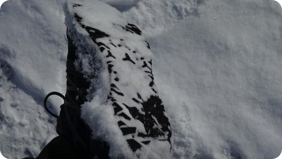 雪道ですべらない靴