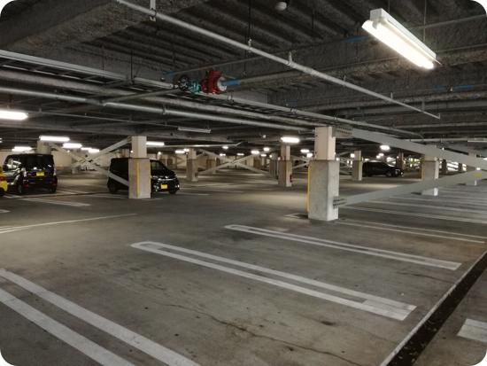 軽井沢アウトレット イーストの駐車場