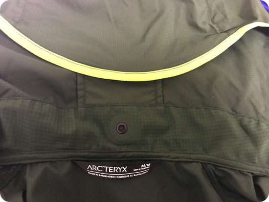 アークテリクスのジャケット「インセンドフーディ」の特徴や写真をブログレビュー